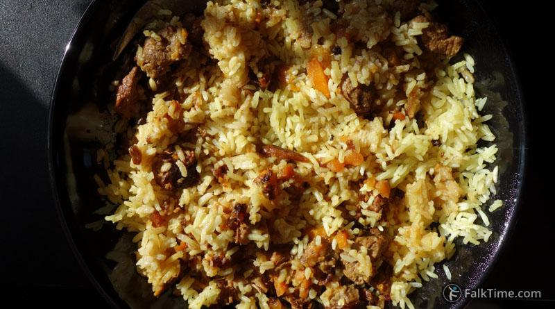Traditional homemade Uzbek pilaf
