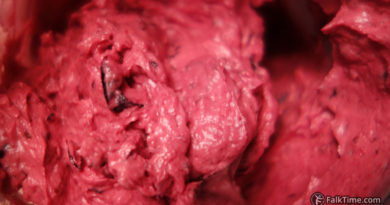 Black currant buttercream, recipe