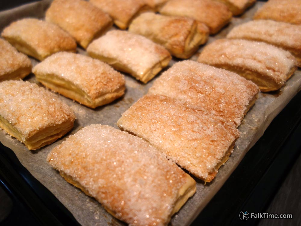 Easy & quick puff pastry cookies
