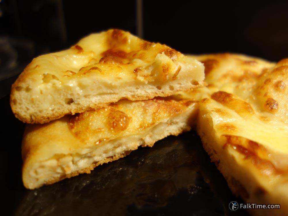 Khachapuri with cheese, recipe